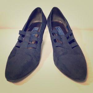 Karen Scott 8M Black Block Heels